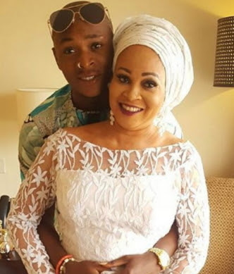 bukky wright son apologise for insulting mother's fan