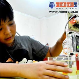 Waralaba Franchise pendidikan sekolah robot