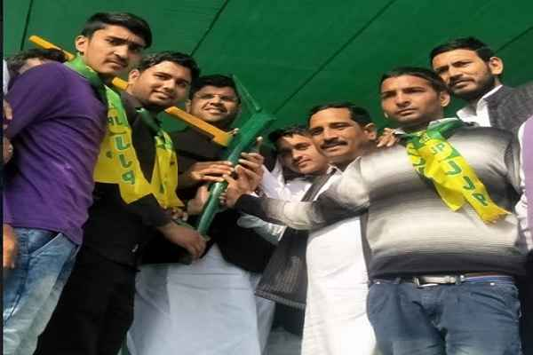 bjp-leader-harsh-kumar-join-jjp-hathin-rally-dushyant-chautala-welcome
