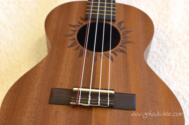 Baton Rouge V2 T5 Sun Ukulele bridge