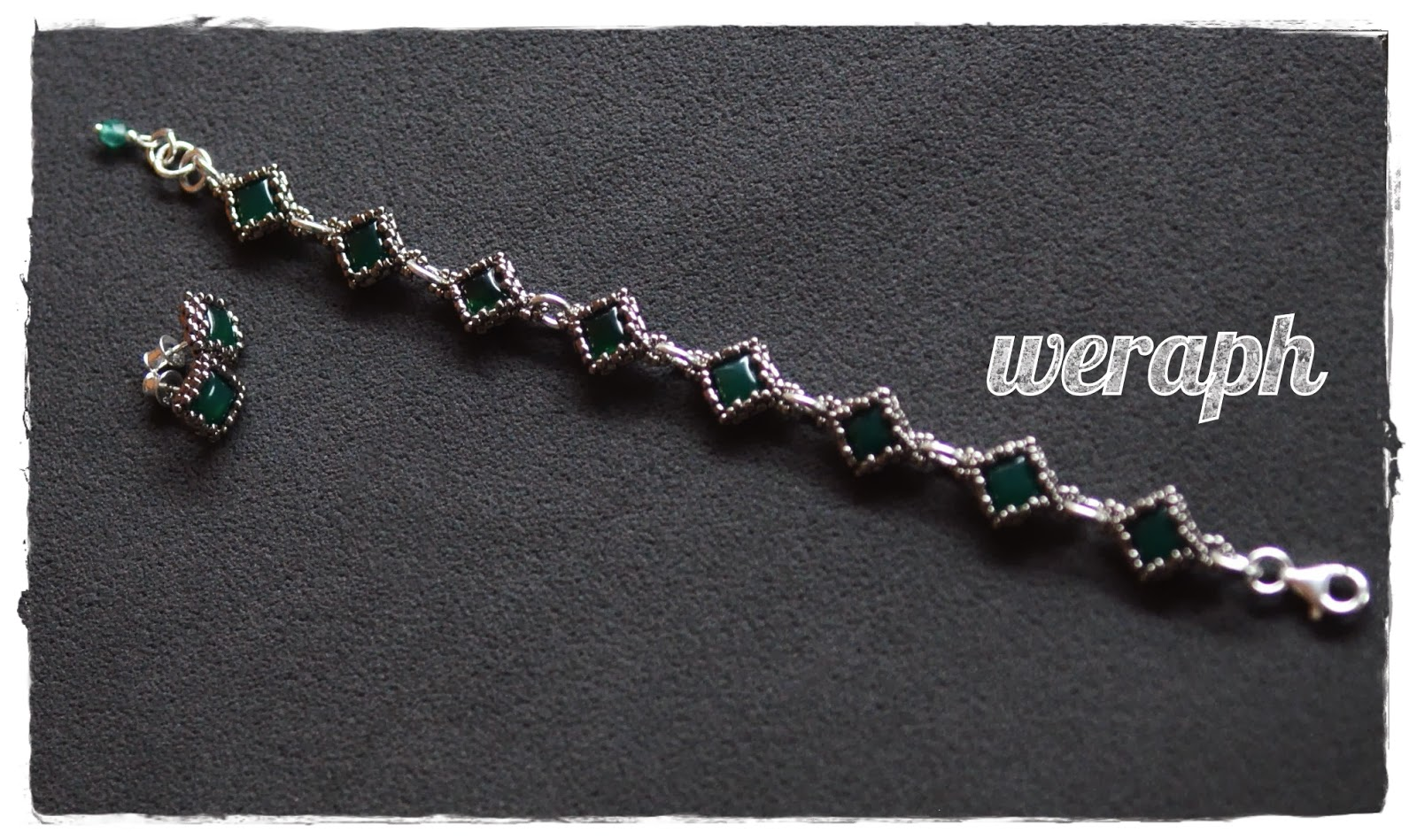 0b6eaf3ab5750d Elementy w bransolecie są połączone ogniwkami ze srebra, zapięcie i  przedłużka tak samo. Jako zawieszka - mały FP 4mm matte emerald AB.