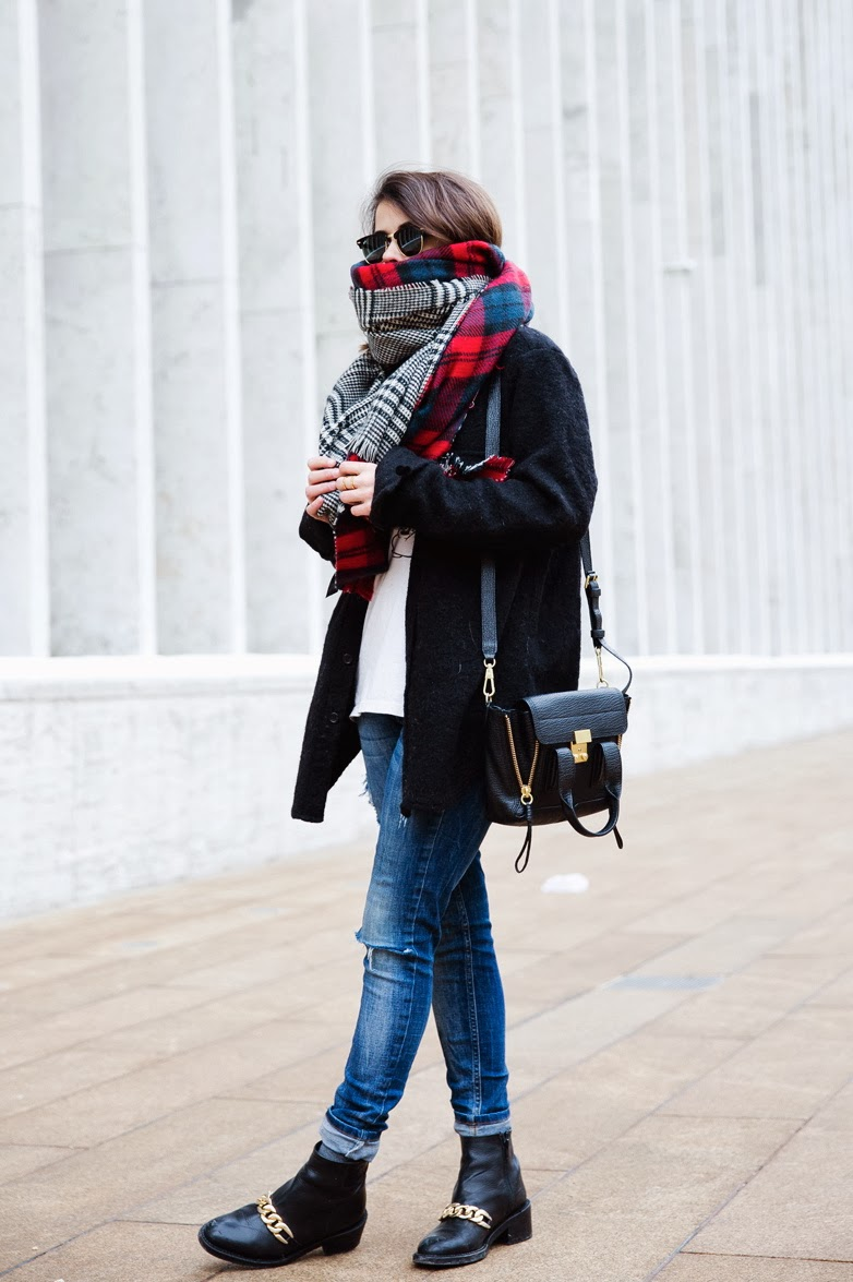 Sara @CollageVintage - Zara Multi Plaid Scarf NYFW New York Fashion Week