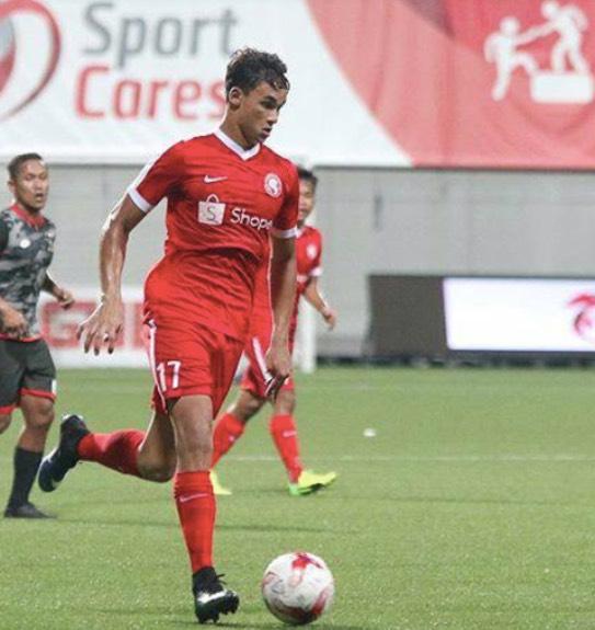 Pemain Bola Sepak Adik Beradik Singapura Yang Handsome
