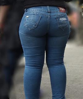 chava nalgonas redondas pantalones apretados