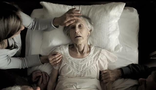 """Résultat de recherche d'images pour """"people on their deathbed"""""""