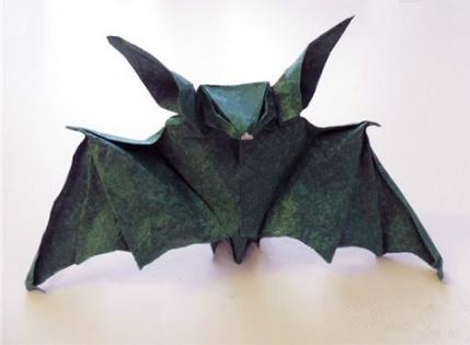 Halloween Origami: Bat   Tektonten Papercraft
