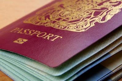 passeport carte d 39 identit et permis de conduire fran ais en espagne les d marches. Black Bedroom Furniture Sets. Home Design Ideas