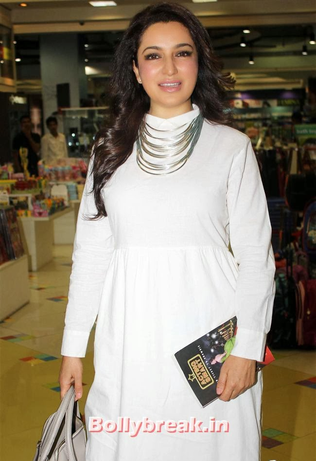 Tisca Chopra, Tisca Chopra Launches Her Book 'Acting Smart'