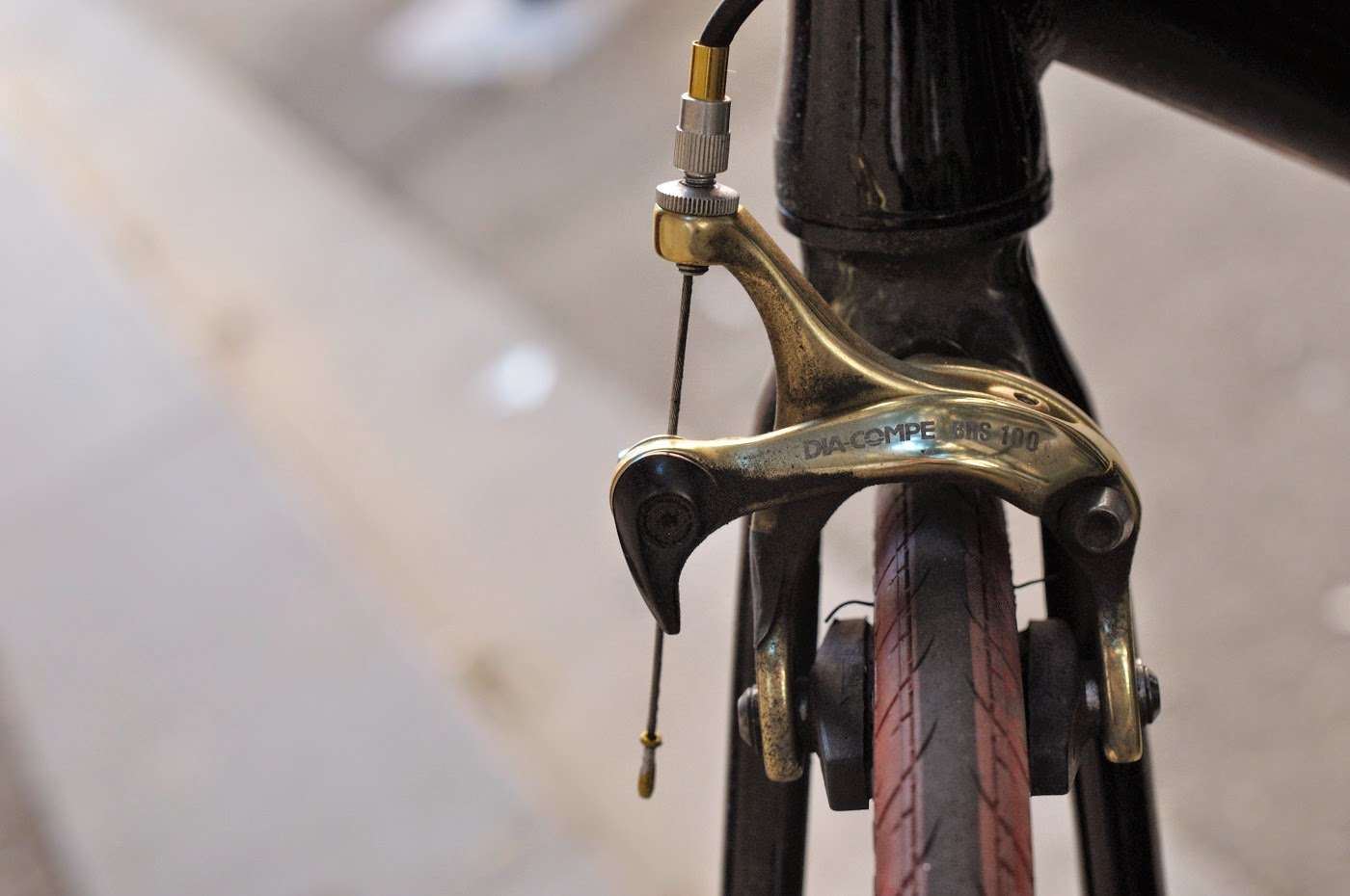 diacomple, front brake, The Biketorialist, tim Macauley, the light monkey collective, cycle deal dot com, track frame, bicycle, bike, bespoke, custom, customisation, black, Melbourne, Australia
