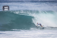 24 Kelly Slater Billabong Pipe Masters foto WSL Damien Poullenot