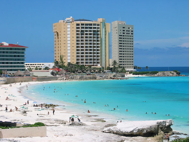 Beach vacations in Cancun Mexico