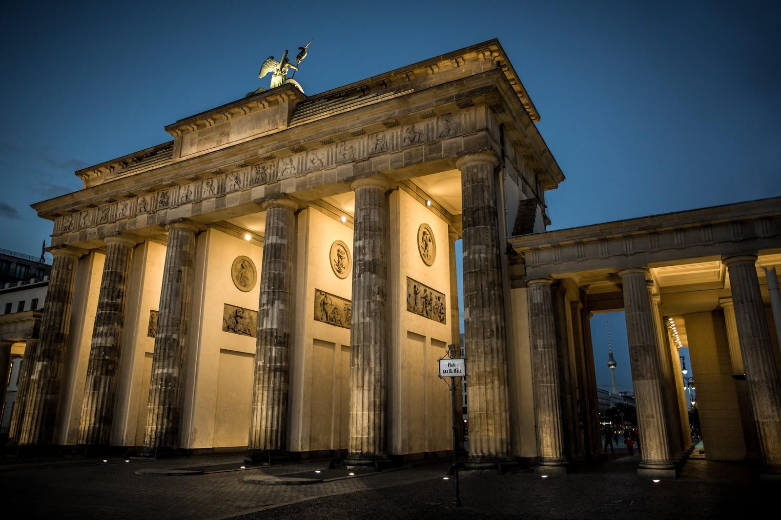 Brandeburgo :: Canon EOS5D MkIII | ISO1600 | Canon17-40 @27mm | f/4.0 | 1/80s