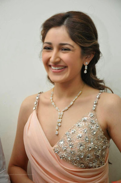 Sayyeshaa Saigal Ready For Lip Locks In Her Next Movie