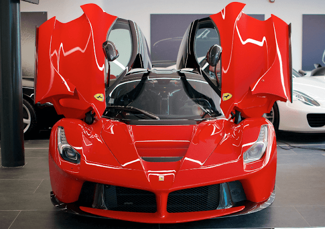 Ferrari LaFerrari front view doors up
