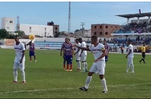 Bahia vence Bahia de Feira por 2 a 0