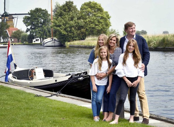 Crown Princess Amalia, Princess Ariane. Princess Alexia wore Zara blouse. Queen Maxima wore J.Crew trousers and Sonia Rykiel Navy - White Stripe Balloon Sleeve Jumper