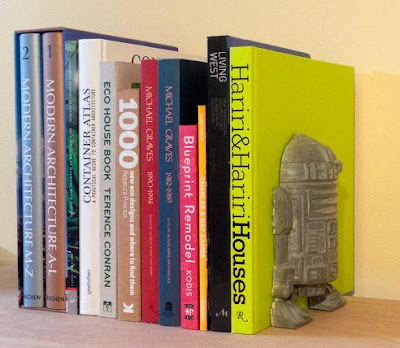 R2-D2 Concrete Bookend