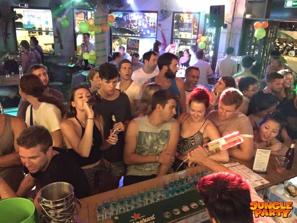 Hue Nightlife 18 Best Bars And Nightclubs Vietnam Jakarta100bars Nightlife Reviews Best Nightclubs Bars And Spas In Asia
