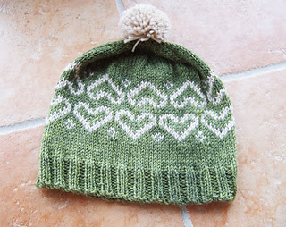 Makers' Monday pattern http://www.ravelry.com/patterns/library/valentine-heart-hat