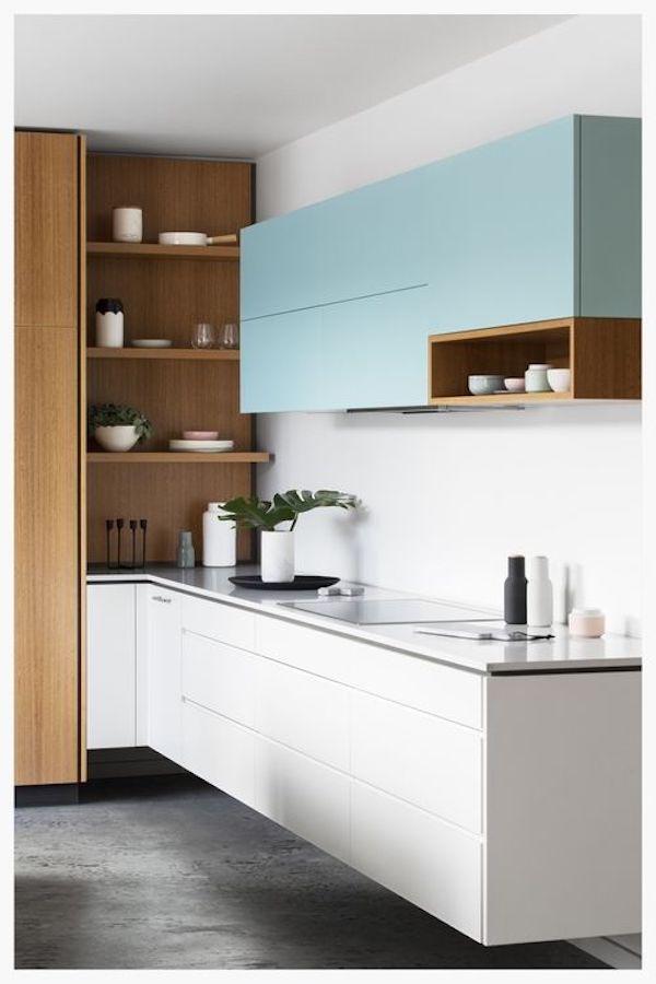kuchnia, skandynawska, biała, white, kolorowa, drewno