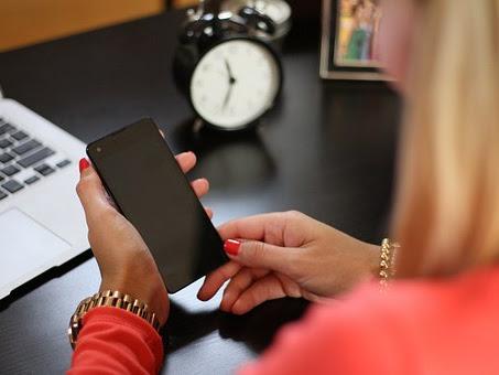 Smartphone Vivo atau Oppo Ya?