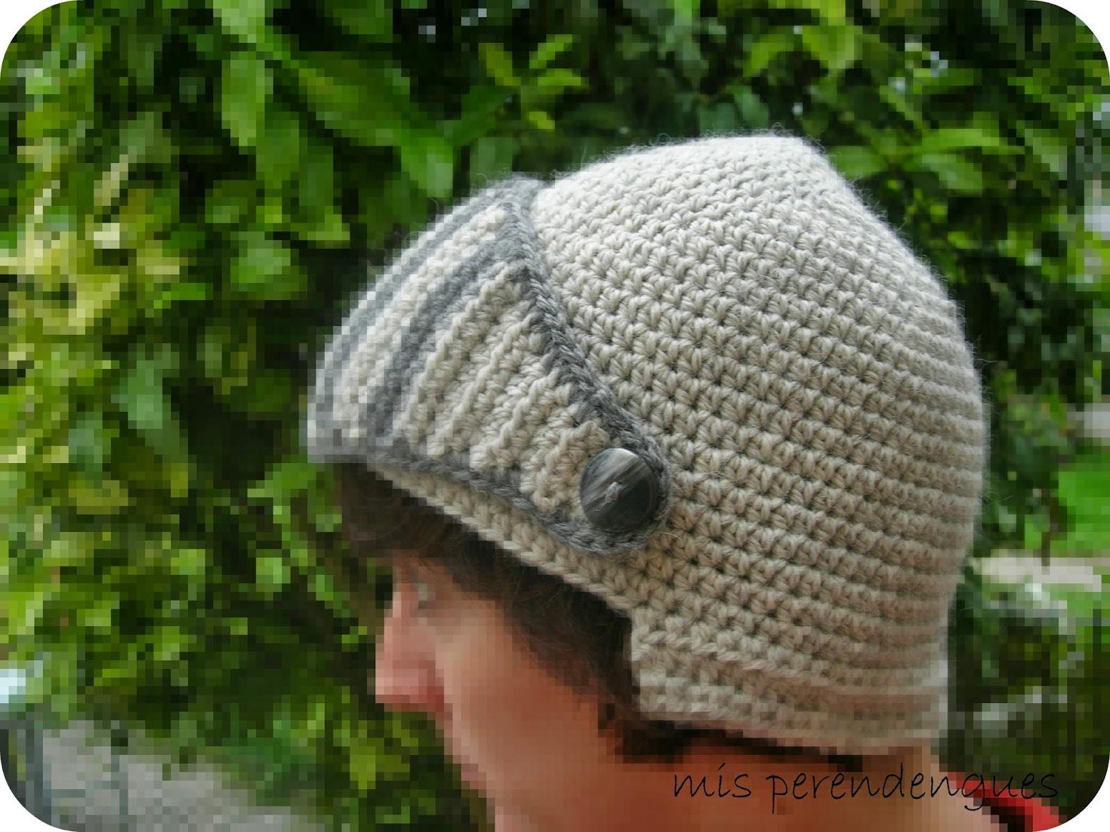 Mis perendengues  Gorro-casco medieval dac610bf0e2