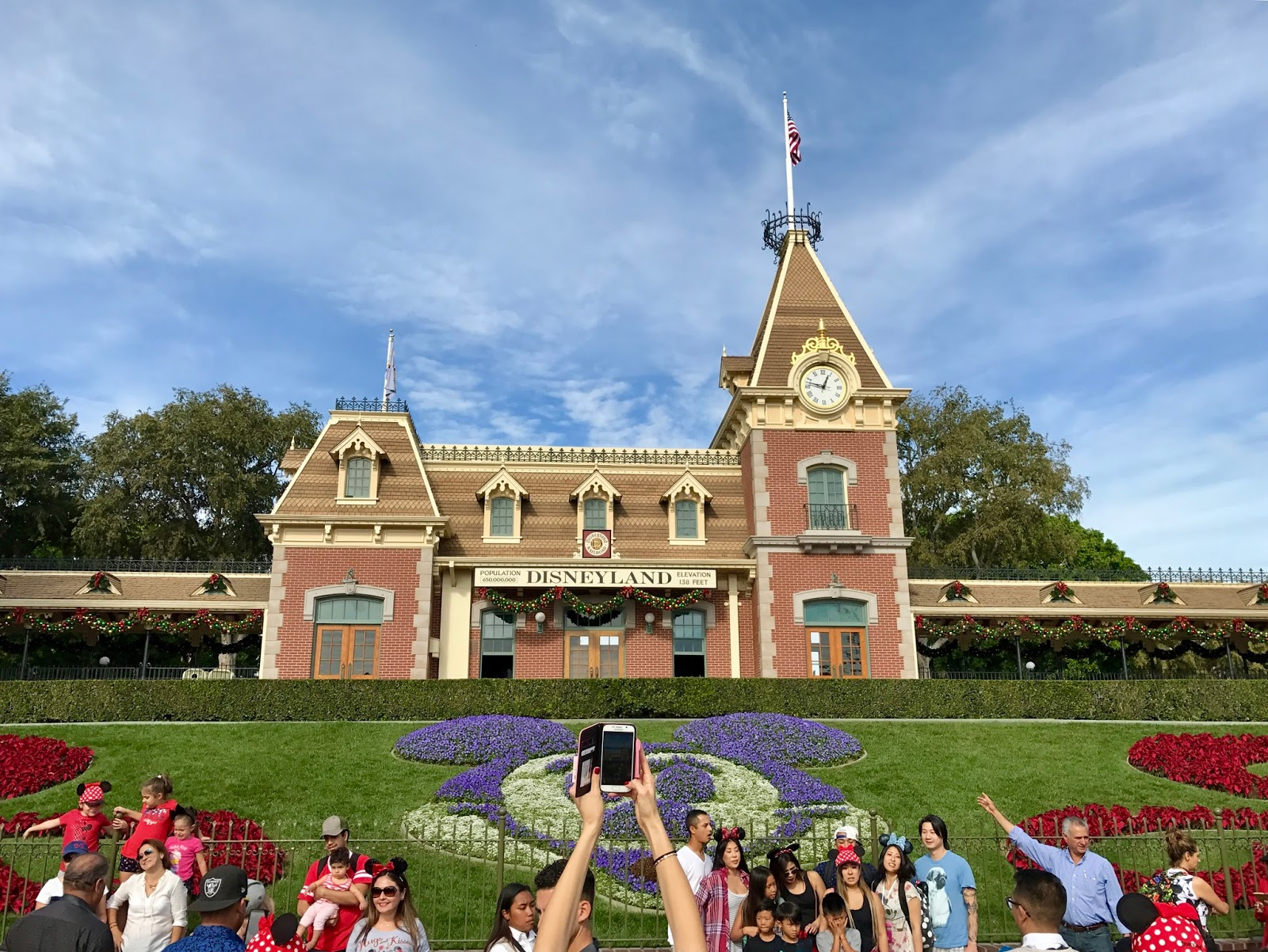 first trip to disneyland Disneyland, located just outside los angeles in anaheim, california, is often   whether you are willing to try a roller coaster for the first time, or you want a little.