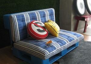 pallet plastik untuk furniture
