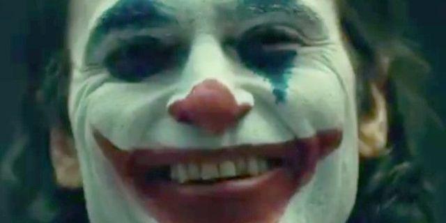 El director de Joker revela primer vistazo a Joaquin Phoenix con maquillaje