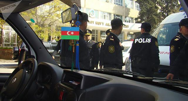 14 personas arrestadas en Azerbaiyán por publicar en redes sociales