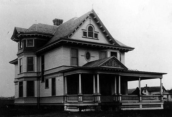 E.J. Webber residence as located at 506 Lincoln Ave. West in Fergus Falls MN, maybe 1910