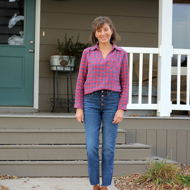 Butterick 5997 in plaid linen with bias pocket and cuffs.