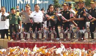pemusnahan barang ilegal oleh sri mulyani