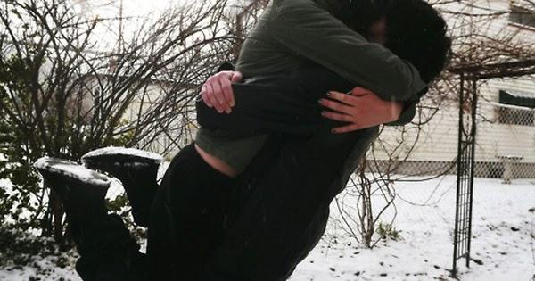 Boy Lift Girl Cute Couple Hug Lovers Romantic Snowfall