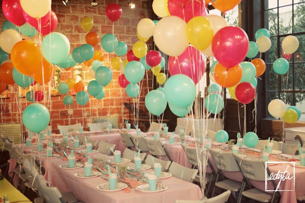 Salon de fiestas decorados con globos