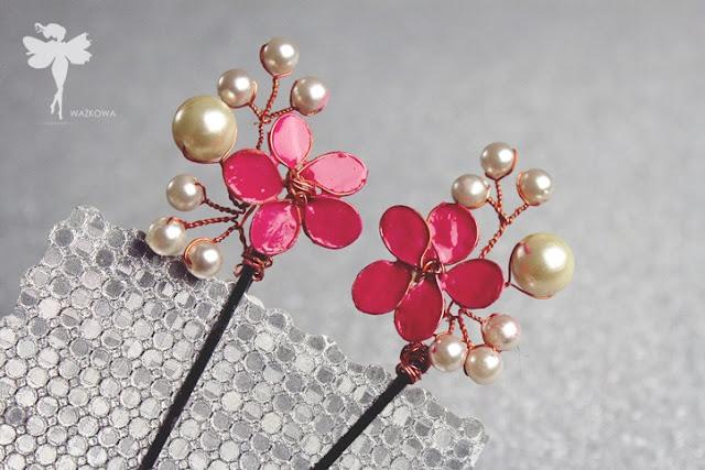 1. Włosowe DIY:  Romantyczne wsuwki  z perełkami