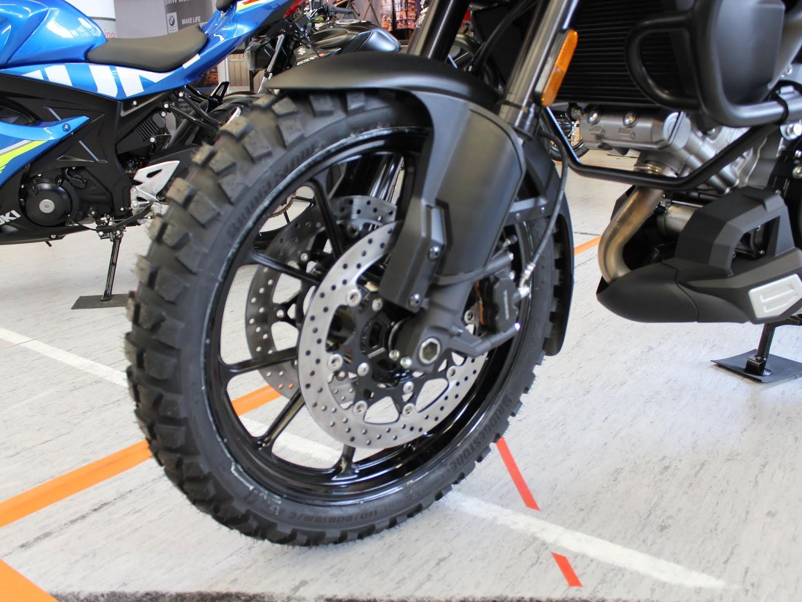 Vorderrad Bridgestone Reifen