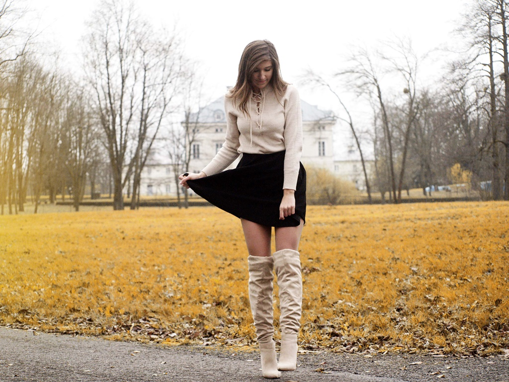 NUDE BOOTS & SKIRT