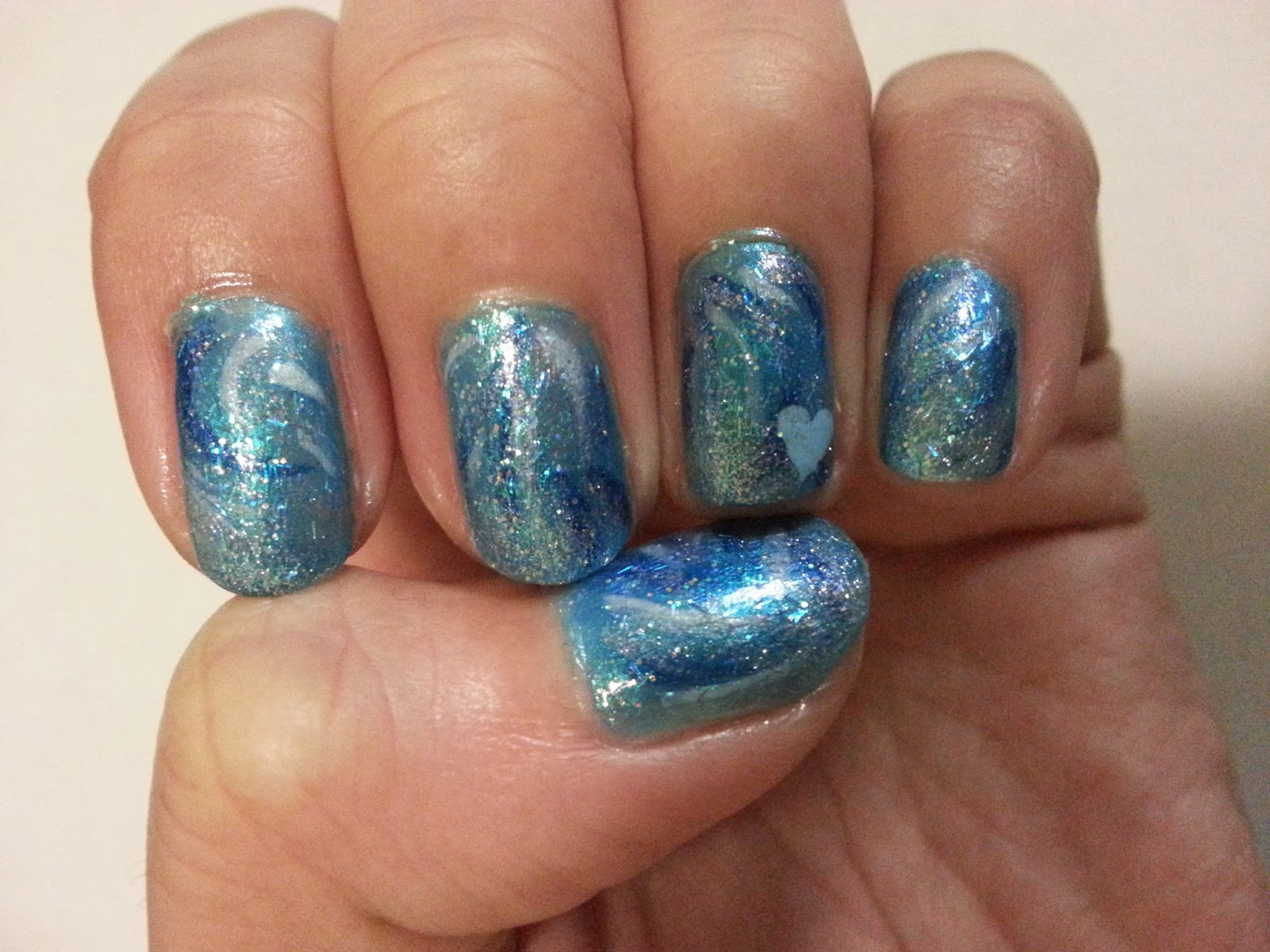 The Polished Bean: Frozen Inspired Elsa and Anna Nail Art