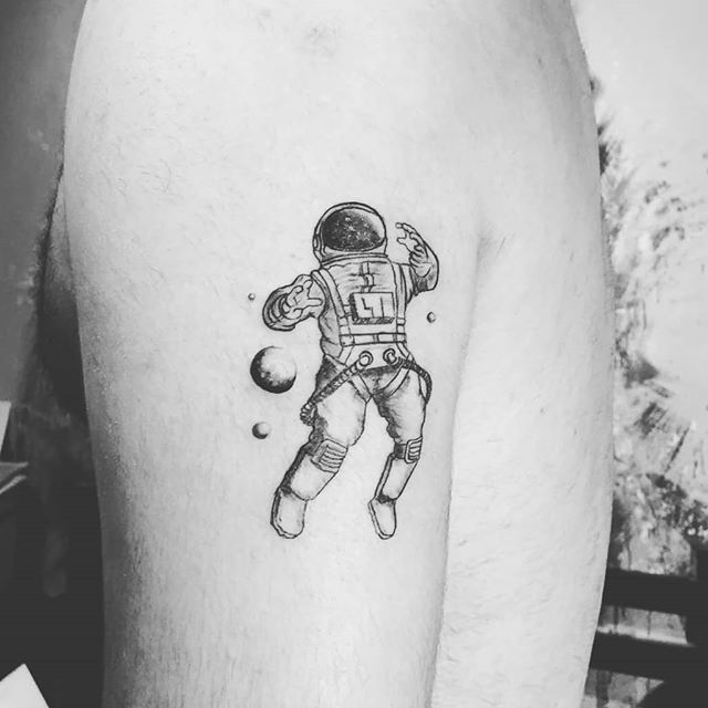 sleeve small astronaut tattoo design