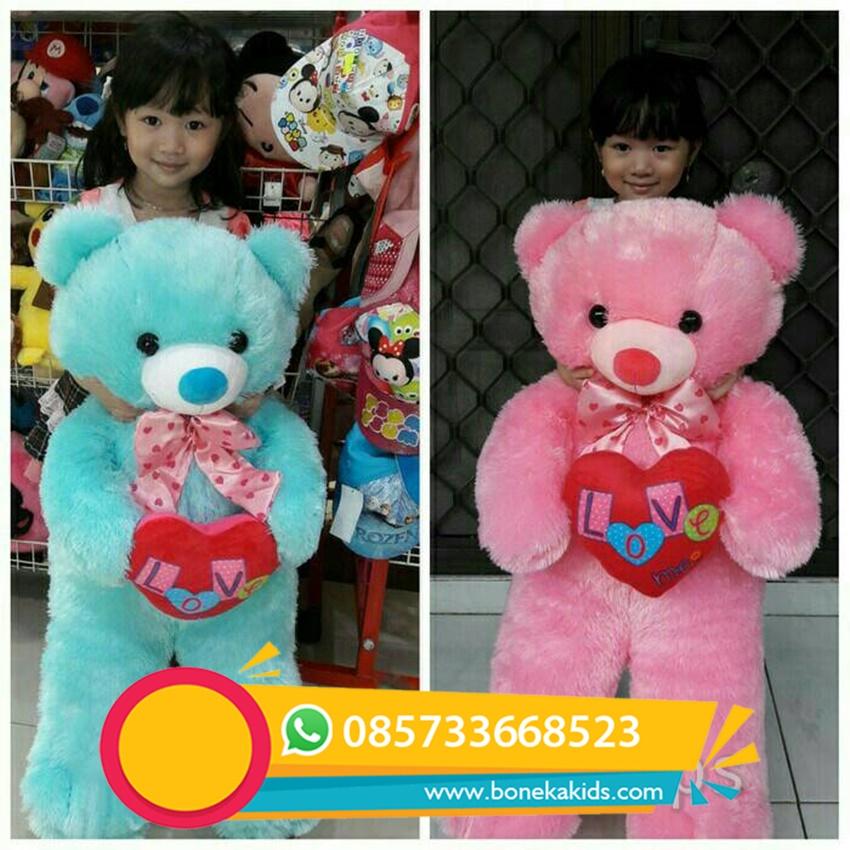 boneka beruang love ini biasa digunakan untuk kado ulang tahun atau kado  anniversary buat pacar 96281f4c5e