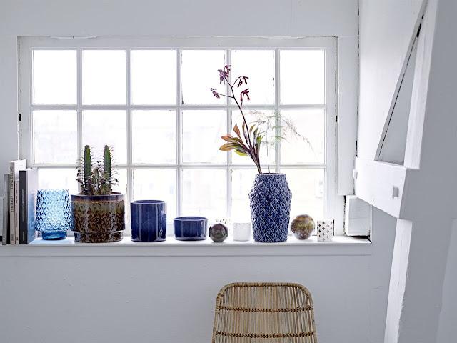 http://www.nordicday.cz/dekorace/obal-na-kvetiny-navy-blue-8-cm/