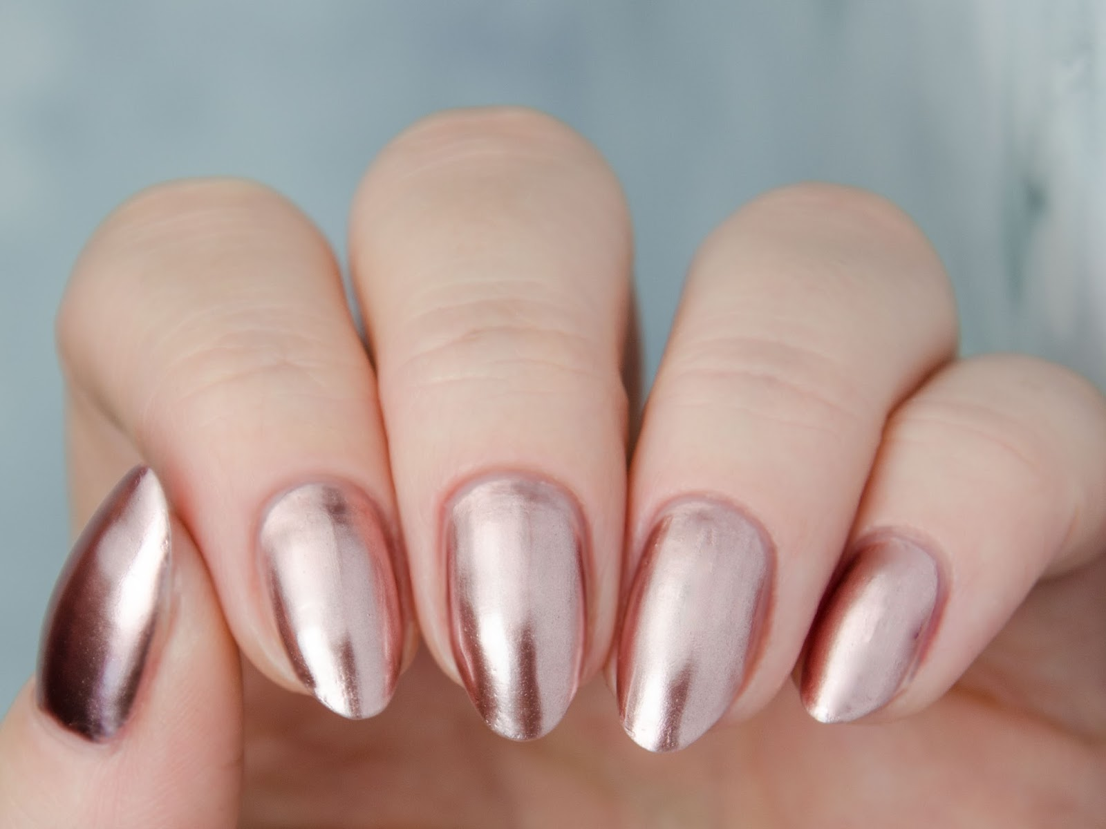"Madam Glam ""Rose Gold"" Metallic Hybrid Gel"