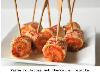 Wiite brood met gegrilde paprika  en cheddar