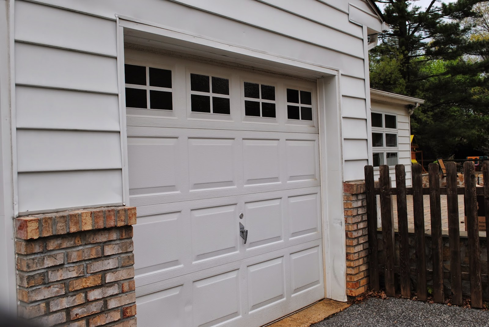 Diy vinyl faux carriage garage doors free studio file for 2 door garage door