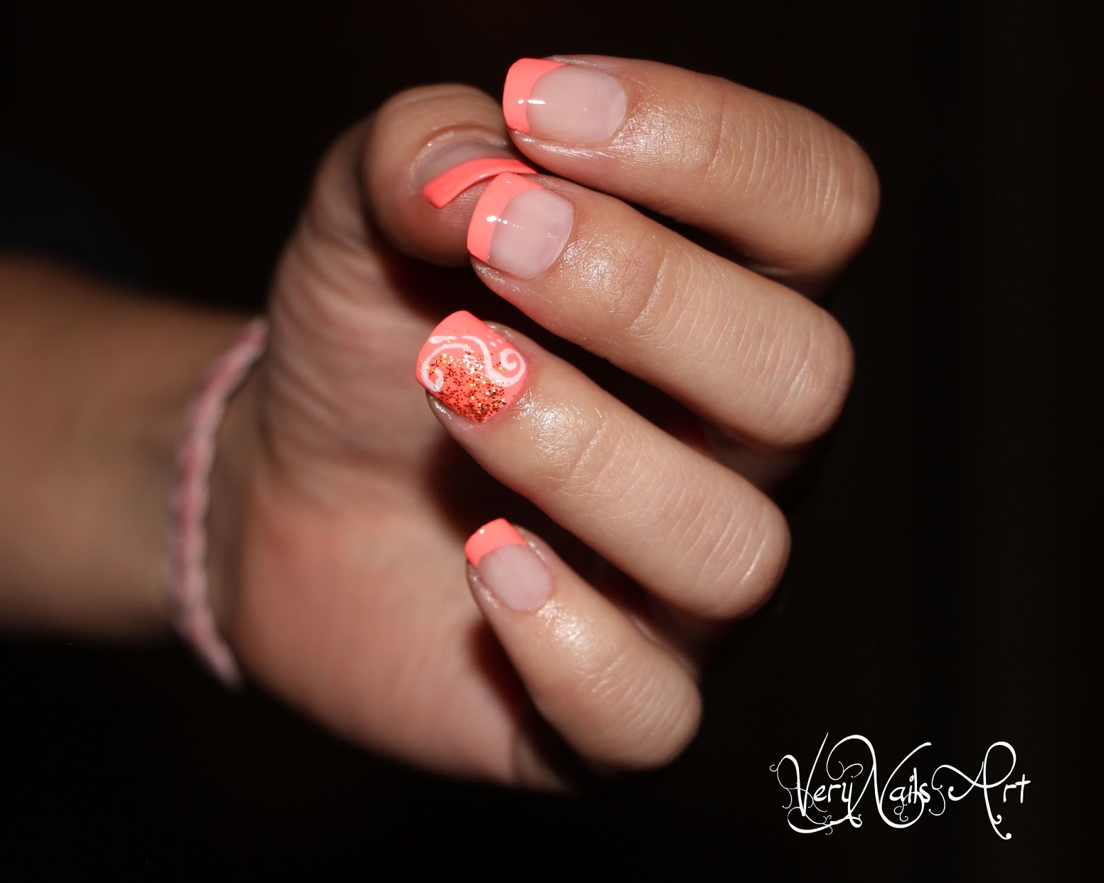 Uñas elegantes en coral | VeryNailsArt | Blog de uñas decoradas ...