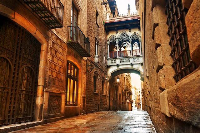 Barri Gòtic (Gothic Quarter)