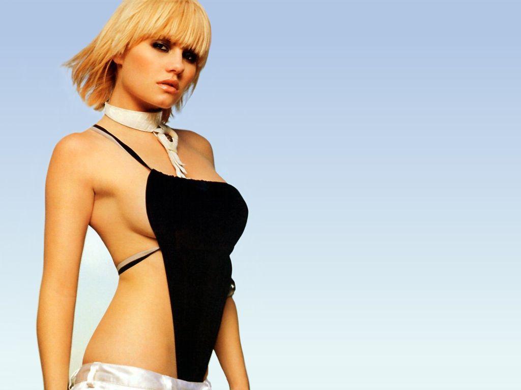 elisha cuthbert celebrity screensaver - photo #42