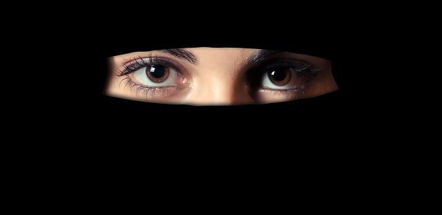 5 Manfaat Berjilbab Bagi Wanita