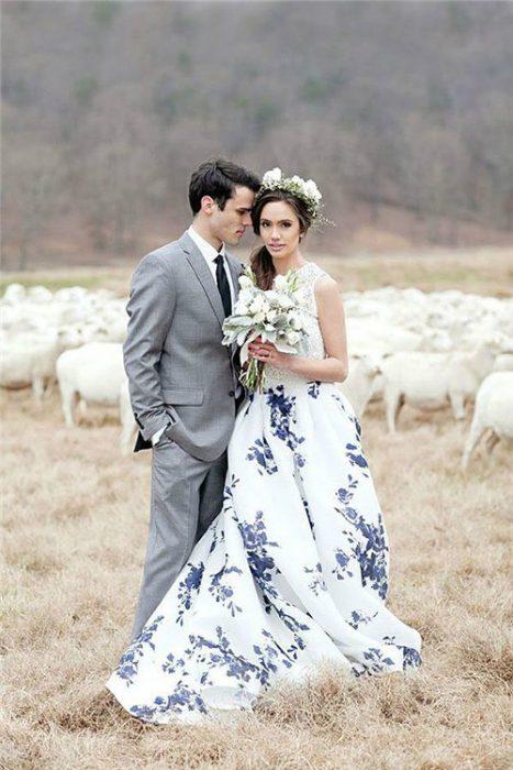 vestido de novia floreado